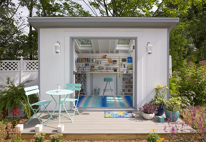 she-shed-artist-outside.jpg